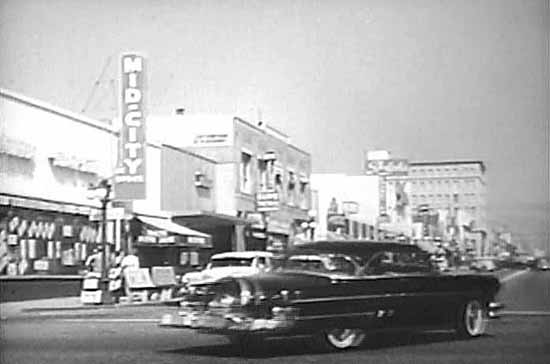 DOWNTOWN SCENE FROM THIS EPISODE, OZZIE'S DOUBLE